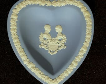 Wedgwood Jasper Ware Heart Shaped Diana & Charles Prince William Royal Birth Pin  Dish