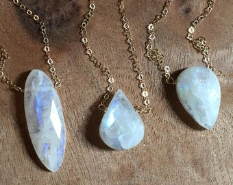 Moonstone Necklace - Rainbow Moonstone - Silver Moonstone Necklace - Gold Moonstone Necklace -Moonstone Jewelry - Crystal Necklace