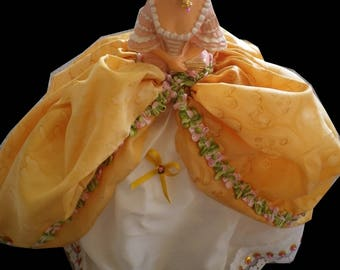Marquise silk hand painted old gold and blanc@evysoie