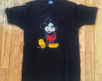 Vintage Disney Mickey Mouse Original Pose Tshirt