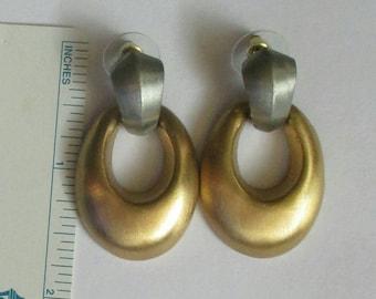 2 tone Door Knocker Earrings silver gold tone dangle pierced matte finish teardrop hoop earrings Runway jewelry fashion classic style vintag