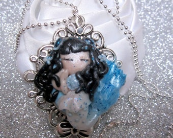Necklace Little Mermaid blue beads and chain