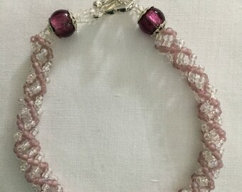 Dusty pink mauve and white seed bead bracelet,spiral bracelet,heart clasp,UK seller,bracelet,gift for her,birthday,christmas,wedding,