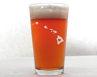 Hawaii Beer Glass - State Pint Glass - Pint Glass - Personalized Pint Glass - Etched Pint Glass - Groomsmen Pint Glass