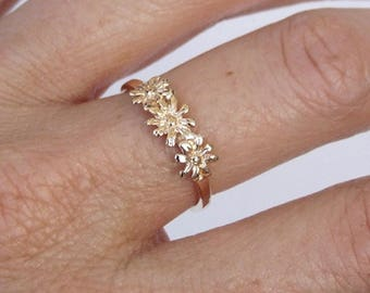 Gold Ring, Flower Ring, Floral Ring, Yellow Gold Ring