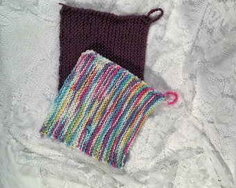 Set of 2 Plum and Confetti knitted washcloths