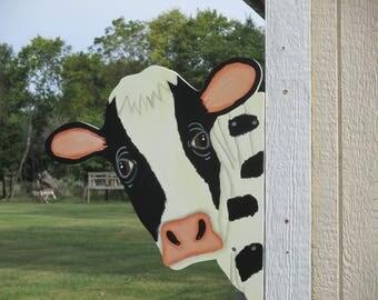 Cow Head Barn Yard Peeker Sign