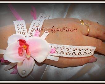 Hula white lace bracelet