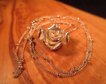 Stunning Sterling Silver Rose Necklace