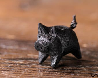 Handmade Hand Carved Black Little Wooden Pig Animal Crafts Home Decor Farm Gift
