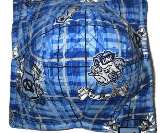 Microwave Insulated Bowl Pot Holder or Bowl Cozy in North Carolina Tarheels UNC logo cotton fabrics