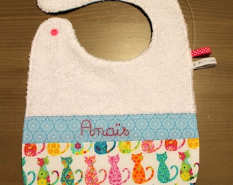 Bib lined with Terry cloth and cotton colorful cats