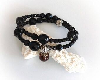 Bracelet, black, silver, Bohemian crystal, memory wire