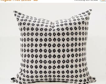 Sale Ikat black pillow cover - Off White Ikat pillow - Black White Pillow - Tribal Pillow - Boho Pillow - Ethnic Pillow - Decorative Pillow
