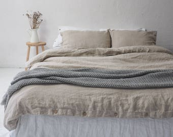 Natural LINEN DUVET COVER with coconut buttons. Seamless, stonewashed linen bedding.