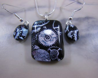 Handmade Fused Glass Clockwork Cogs Necklace and Earrings Jewellery Set