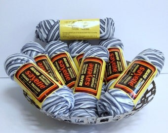 Vintage Sears Yarn Bundle Soft Gray & White Sayelle Variegated Yarn, Orlon Acrylic Worsted Yarn for Crocheting or Knitting Handmade Fashions