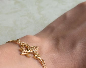Filigree Bracelet- Fleur de Lis- Gold Plated Bracelet- Cute Jewels     For special events, Jewels for Woman, french medieval symbol /FL0441P