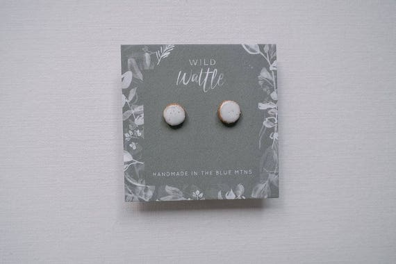 Edelweiss Studs in Earthenware