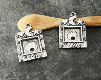 Large square pendant for photo frame, stars Moon heart door photo, silver, 35 x 25 mm