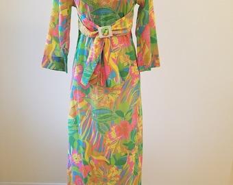 Vintage 1970s Maxi Dress, Vintage Tori Richard Maxi Dress, 1970s Tori Richard, Flower Power Maxi Dress, Size 8 maxi, Saks Fifth Ave