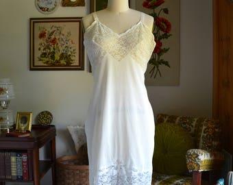 Vintage Lingerie Nylon and Lace Slip | Lingerie Slip with Floral Lace | Adjustable Straps | Movie Star Size 38 Average