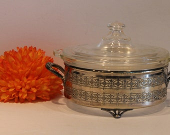Pyrex 022-OR-622-B - Vintage Pyrex in Silver Cradle - Flower Etched Pyrex Casserole - Ornate Silver Pyrex Rack