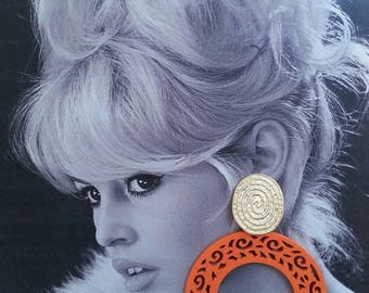 Retro Earrings. Retro Inspired Earrings. Drop Earrings. Orange earrings. Retro Wood Earrings.