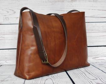 Distressed leather shoulder bag, leather purse, leather bag, leather crossbody bag, stylish tote bag, leather handbag
