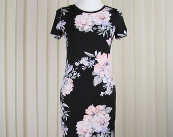 Black Dress in delicate Roses • Summer Dress • Knee Length Dress • Black Dress • Office Dress • Romantic Dress • Floral Dress