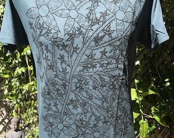 Botanical Plant Tee Shirt-Gardening Tee Shirt- Gift for Gardeners- Plants Tee Shirt- Nature Lovers Tee Shirt- Nature Lovers Gift- Size Small