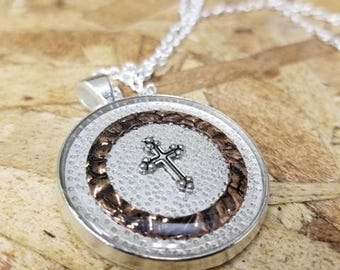Simple Cross and Copper Pendant Necklace