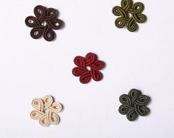 2 Motifs en rond à appliquer, 50mm, viscose, crème,bourgogne,chocolat,vert kaki,vert forêt (5586)