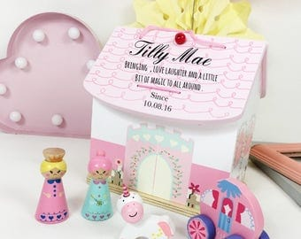 Girls first birthday gift, personalised dolls house, 1st birthday gift, unique birthdays gift for girl. Flower girl gift, christening gift,