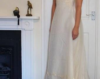 Flora 1970s Vintage Bridal Dress