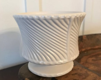 Vintage Matte White Floraline Planter with Swirl Pattern | Marked #410