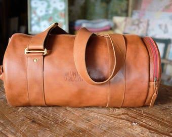 Vintage Style Leather Travel Barrel Weekend Bag Holdall