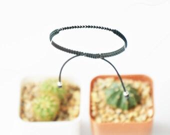 WOVEN BRACELET SPINEL / everyday beaded bracelet / thread bracelet / bar bracelet  / Macrame bracelet / Dainty bracelet / Braded bracelet