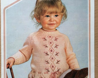 Girls Jumper Knitting Pattern, Wendy Knitting Pattern, Childrens Lace Sweater,  Flower Detail Jumper, Flower and Lace Sweater, No. 433