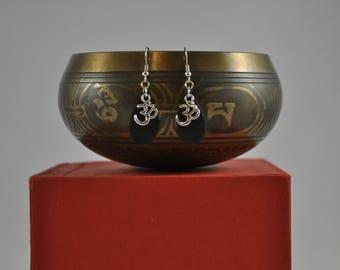 Yoga earrings, Om charm earrings, Yoga jewelry, Black earrings, Silver earrings, Dangle earrings, Silver jewelry