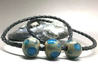 Leather necklace, necklace, glass bead, beaded jewelry, lamp work bead, blue dots