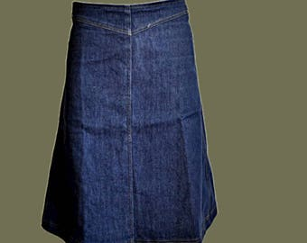 Vintage blue denim skirt Midi A-line summer cotton jeans skirt with pockets vintage 1970s Size S M 8