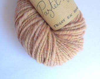 Pastel is cool - skein of organic Merino Wool and spun and hand dyed Falkland