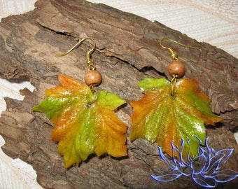 Earrings with maple leaves, cold porcelain, maple leaves, handmade, polymer clay, air clay, handmade earrings