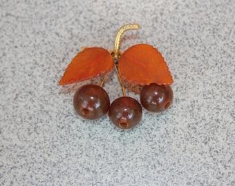 Brooch decoration amber. Precious amber brooch gilding