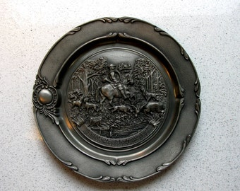 Vintage German Pewter Plaque / Pewter Plate / SKS Design / Deer Hunting / Hunting Scene / Decorative Plate / Hunting Lodge / Hunting Gifts