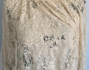 Vintage lace blouse beige