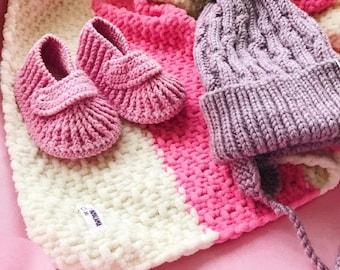 Pink Baby blanket hat set Organic newborn gift Corporate baby gift Baby blessing gift Organic baby clothes Montessori baby Bring baby home