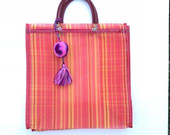 Beach bag, mexican bag, mercado bag, mexican market bag, mexican mercado bag, pom pom beach bag, pom pom tassel, mexican beach bag