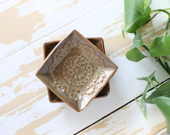 Brown Lace Ring Dish/Tiny Pottery Tray/Brown Pottery Trinket Dish/Pottery Orange Trinket Tray/Lace Pottery Tray/Mini Lace Pottery Dish